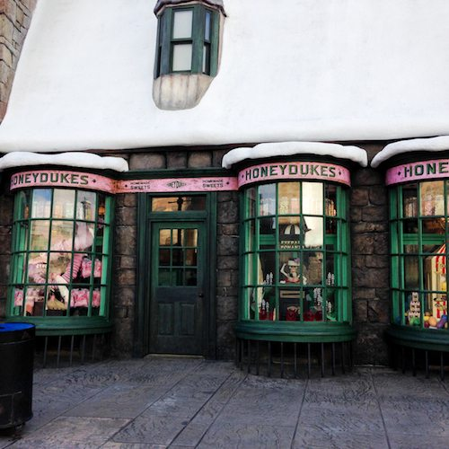 Window Shopping | The Wizarding World of Harry Potter