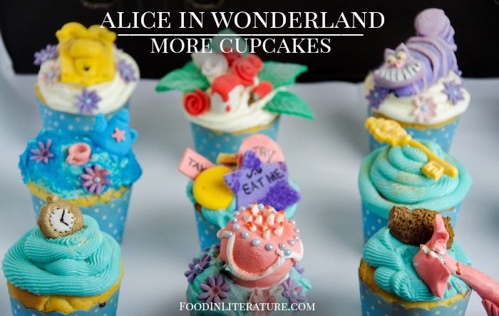 More Alice in Wonderland Cupcakes